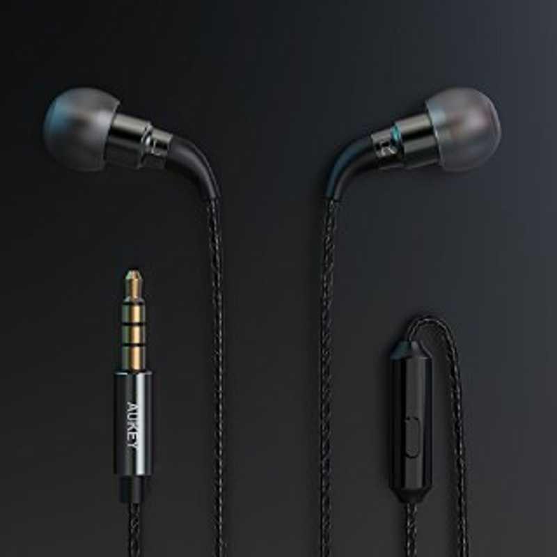 Auricolari in Ear con isolamento del rumore
