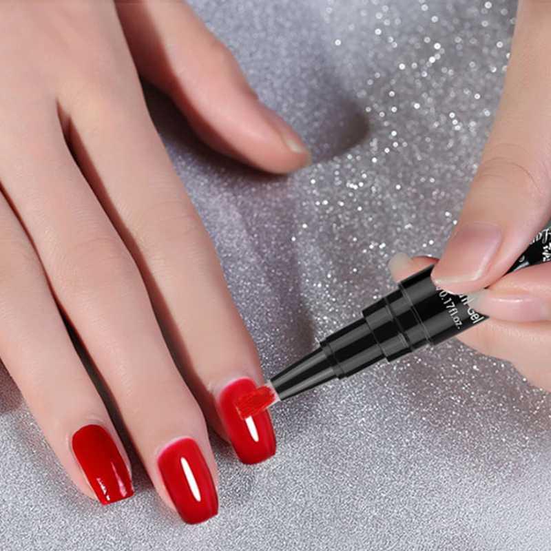 Penna per dipingere le unghie